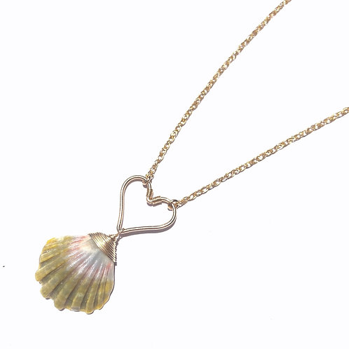 14KGF Heart Sunrise Shell Necklace