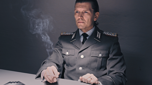 Der Offizier