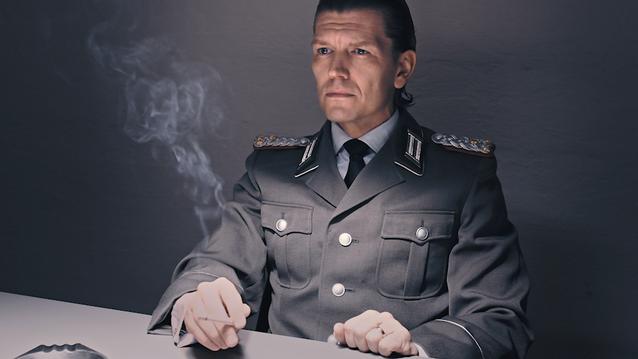 03_Der Offizier.png