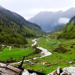Mountain riverJPG.jpg