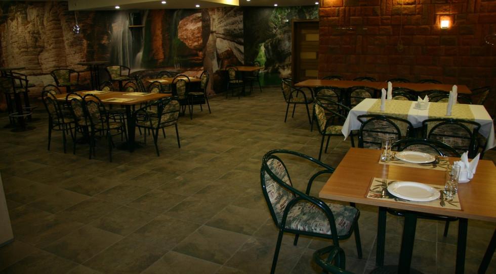 Кафе Оазис - Рябиновая 32 - (9).jpeg