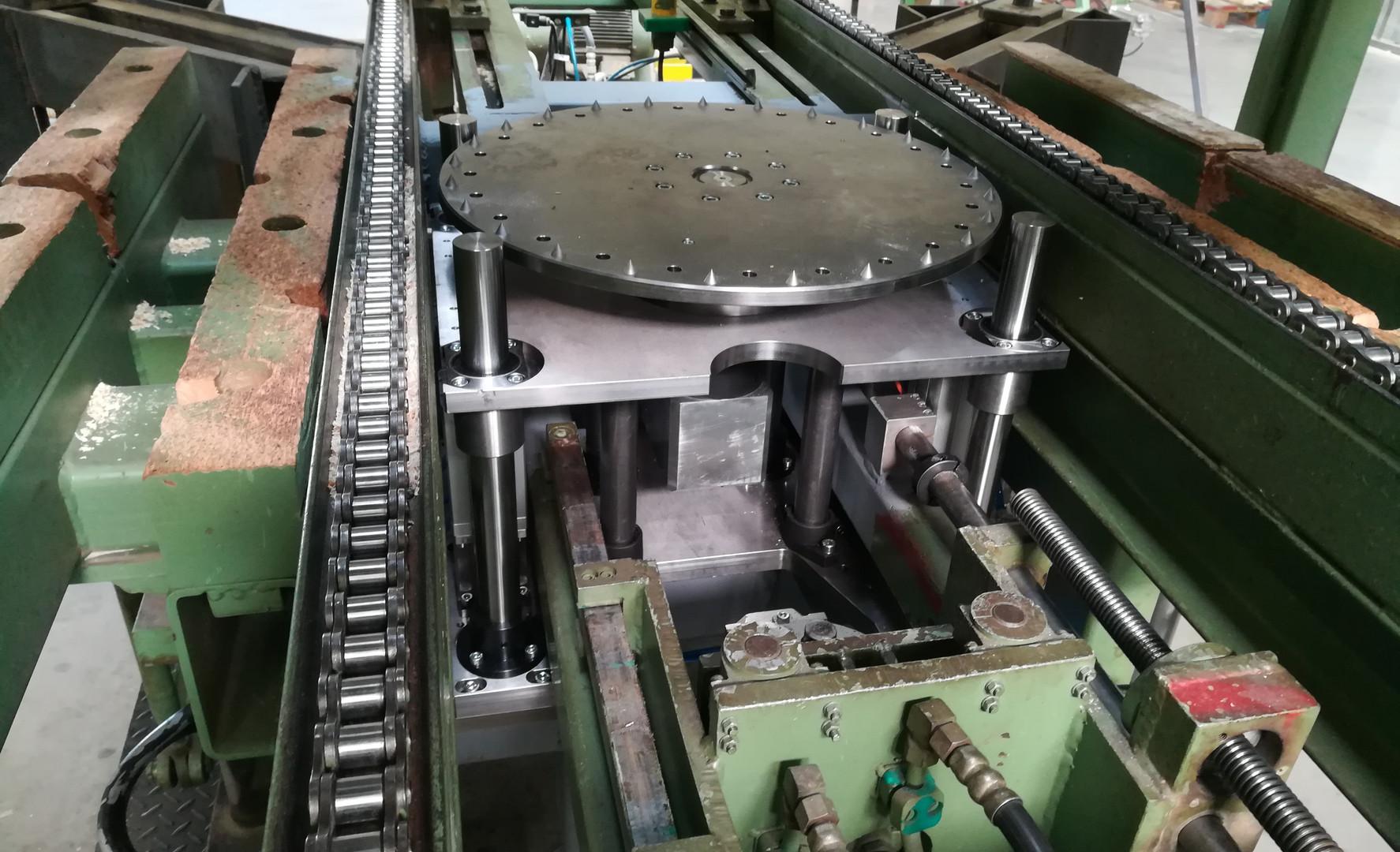 Renovace linky pro výrobu kabelových bubnů