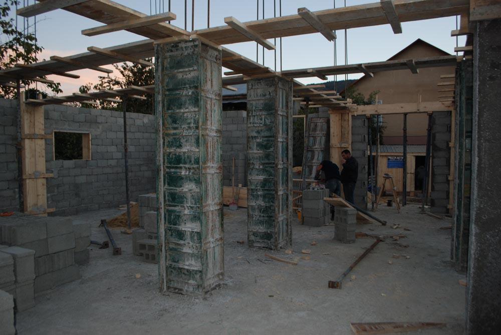 ზვიად ძიძგურის მშენებარე სახლი ორთაჭალაში. ინტერიერი. 6 ნოემბერი, 2014 წ.