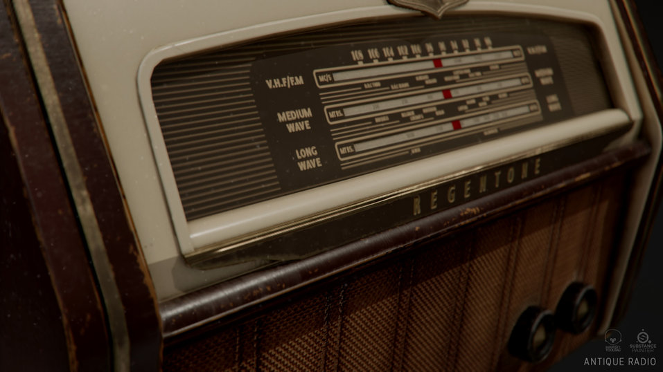 hannah-watts-radiorender-front-close.jpg