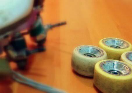 ¿Se te acaban las ruedas demasiado rápido al patinar en la calle?