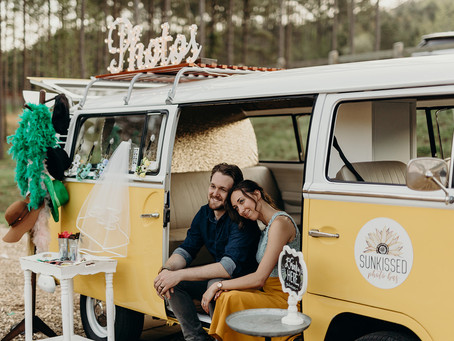 Meet Kaley + Shane Tretheway and Miss Daisy, the Sunkissed Photo Bus