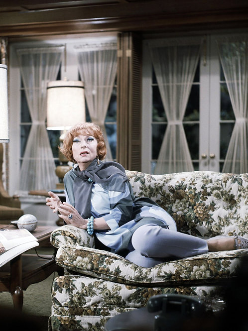 Agnes Moorehead in the Bewitched Living Room