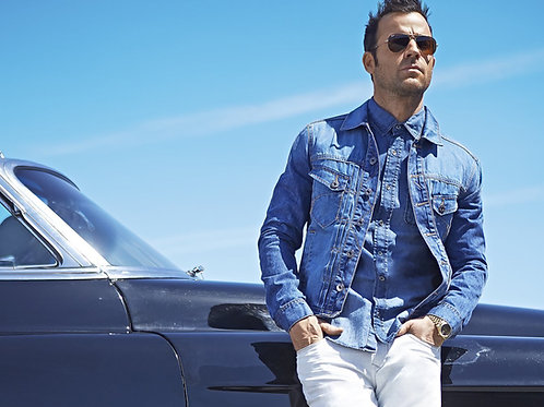 Handsome Justin Theroux Leaning Against a Car