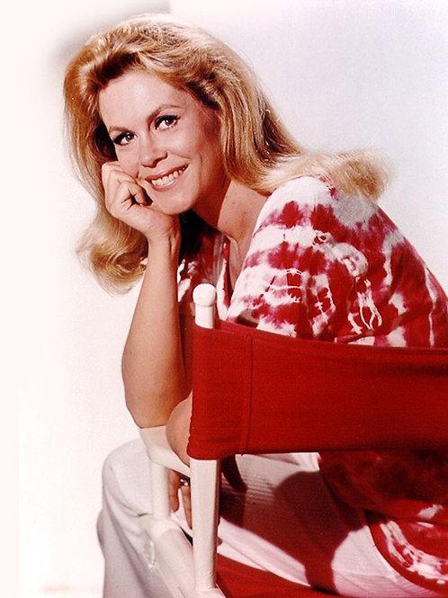 Elizabeth Montgomery Wearing a Christmas Sweater
