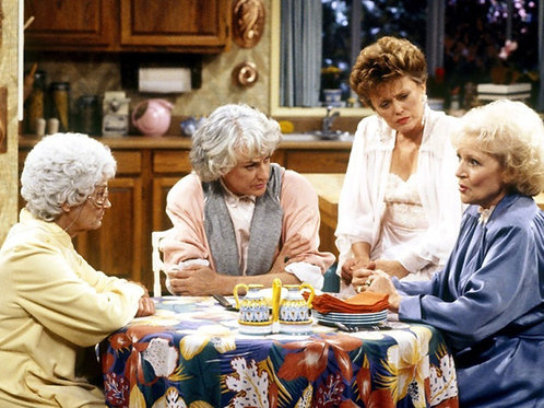 Cast of The Golden Girls Sitting at the Kitchen Table