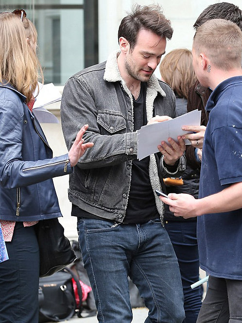 Charlie Cox Bulging in Jeans