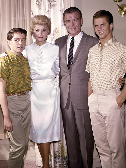 Cast of Leave it To Beaver in a Later Promo