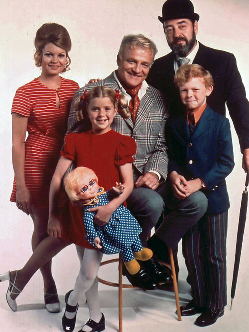 Brian Keith & Sebastian Cabot with the Cast of Family Affair