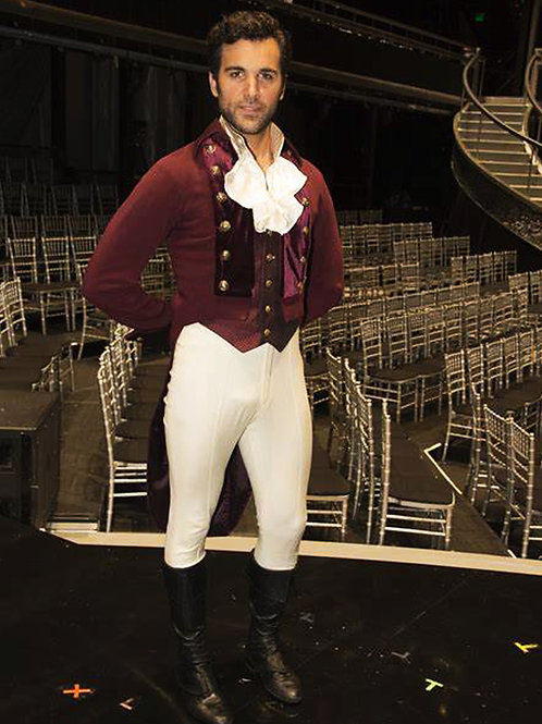Juan Pablo Di Pace in Tights