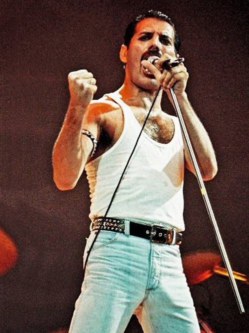 Freddie Mercury Belting One Out