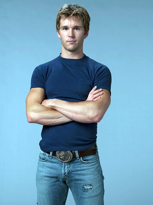 Ryan Kwanten Bulging in Torn Jeans