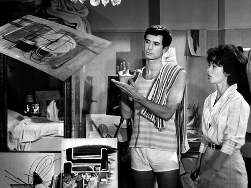 Anthony Perkins Bulging in his White Shorts