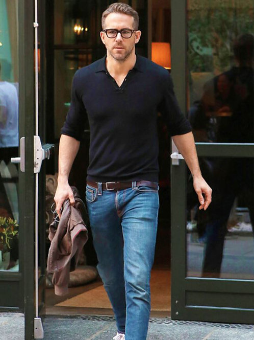 Ryan Reynolds Exiting a Store