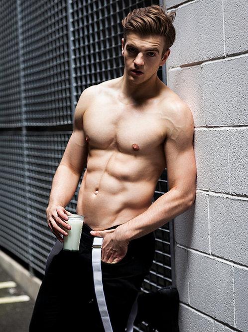 Jonno Davies Shirtless