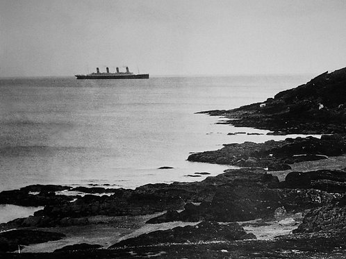 One of the Last images of the Titanic taken from land
