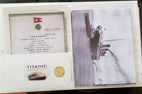 Incredible Titanic 32 Piece Memorabilia Replica Pack with 4 photos