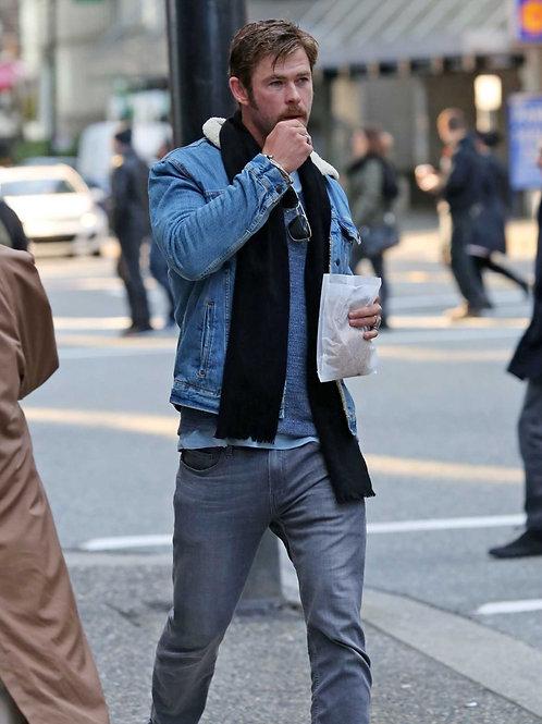 Chris Hemsworth in Vancouver