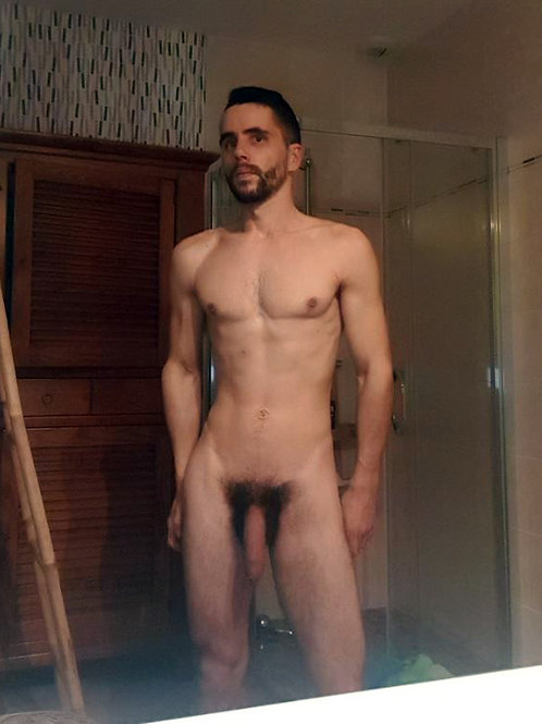 Slim & Well Hung