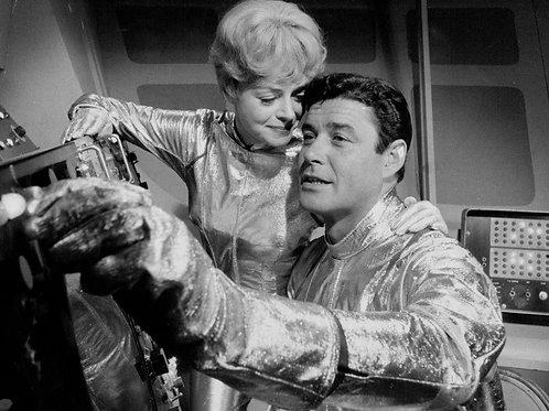 Guy Williams & June Lockhart in Lost in Space
