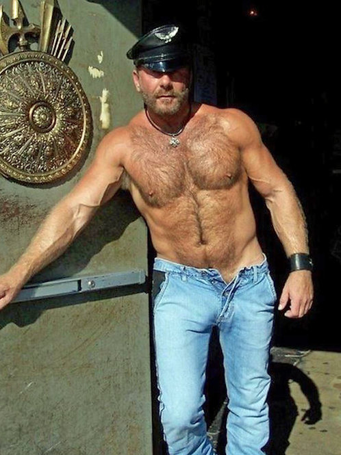 Hot Leather Bar Bouncer