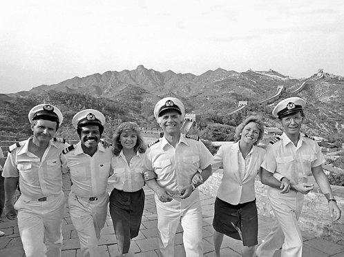 1983 Love Boat Cast Fred Grandy, Ted Lange, Jill Whelan, Gavin MacLeod & Lauren