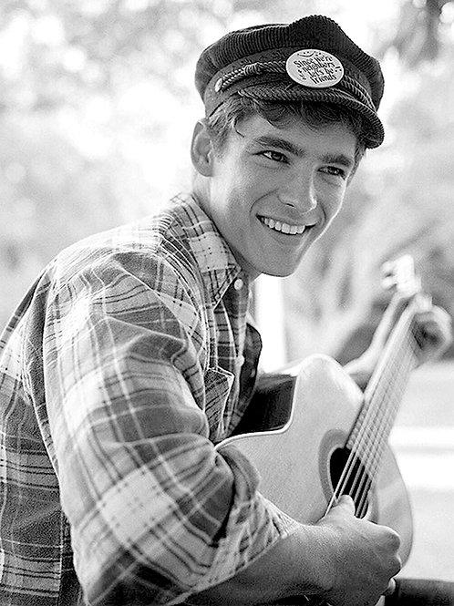 Brenton Thwaites Playing Guitar