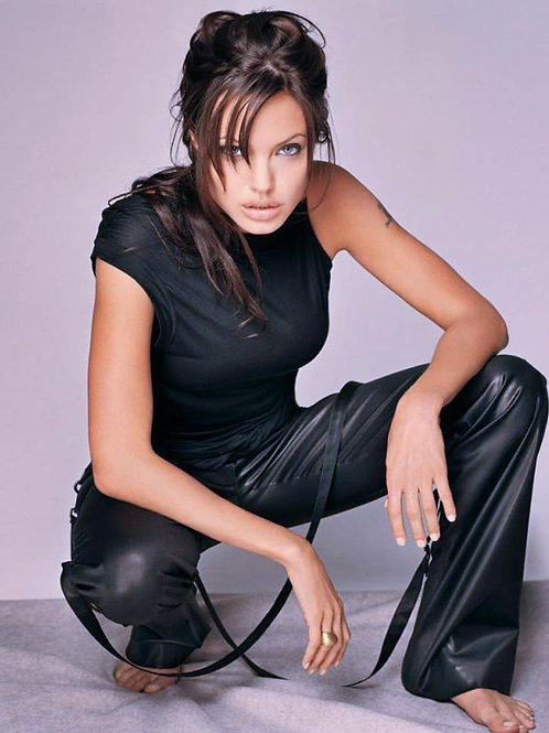 Angelina Jolie In Leather Pants