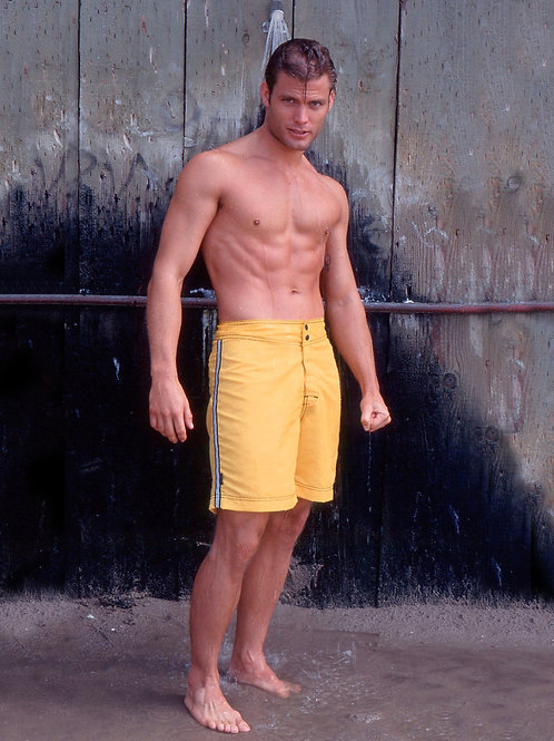 Casper Van Dien in a Shower