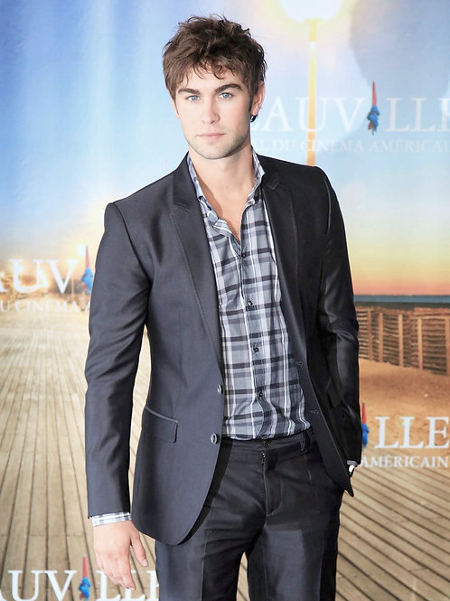 Chace Crawford Wearing a Grey Suit
