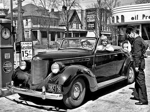 1939 Gas Station