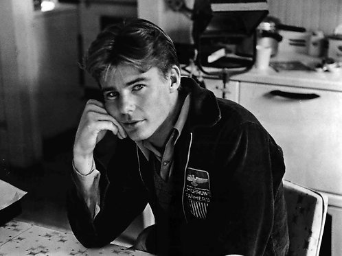 Handsome & Young Jan-Michael Vincent