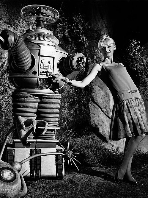 Robot From TVs Lost in Space