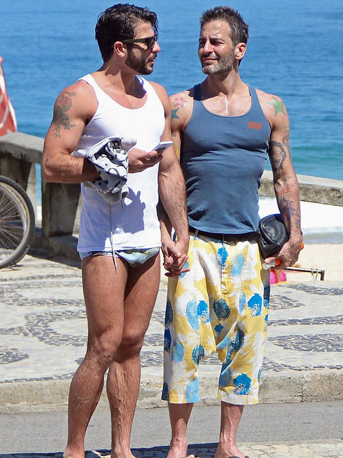 Marc Jacobs Showing a Hot Basket in his Speedo with Boyfriend Harry Louis