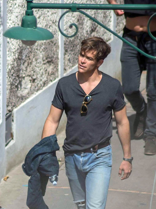 Chris Pine Wearing Faded Jeans