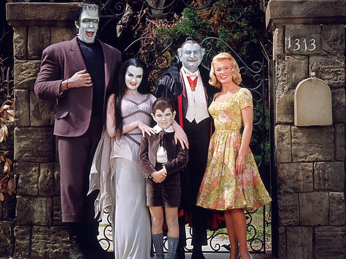 Cast of the Munsters at the Front Gate