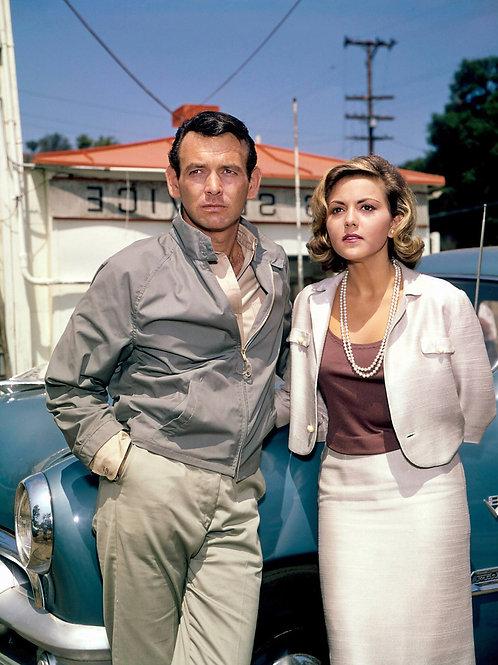 David Janssen Next to Brenda Vaccaro in The Fugitive