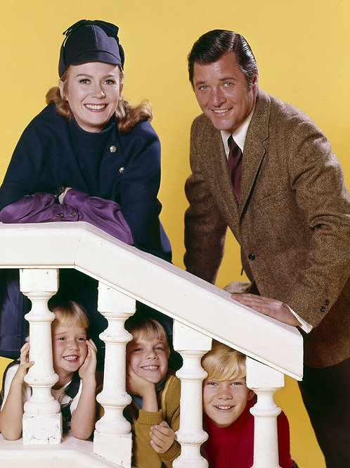 Nanny and the Professor Cast Photo on the Stairs