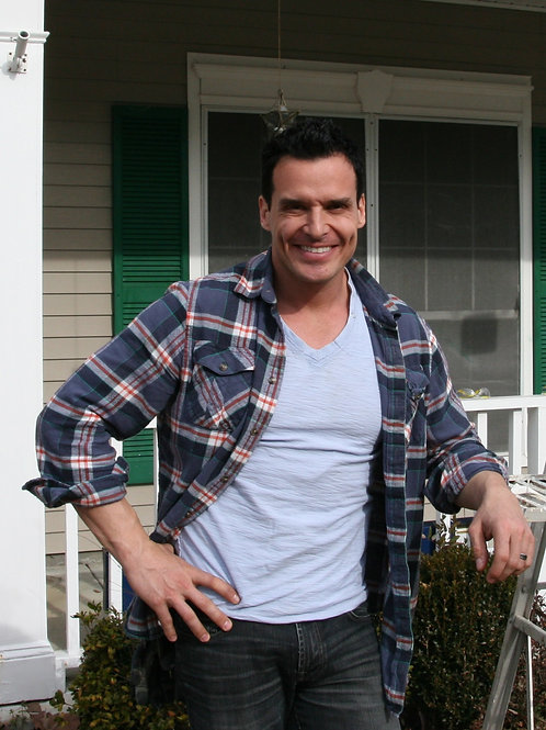 Antonio Sabato Jr. by a House