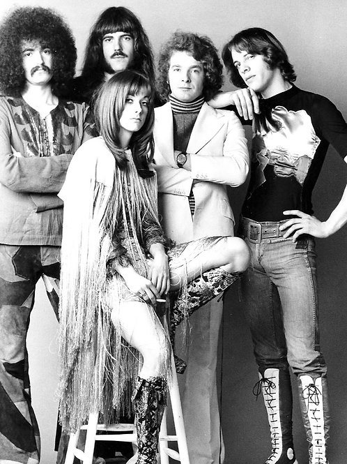 Bulging Guy in the Group Curved Air With Sonja