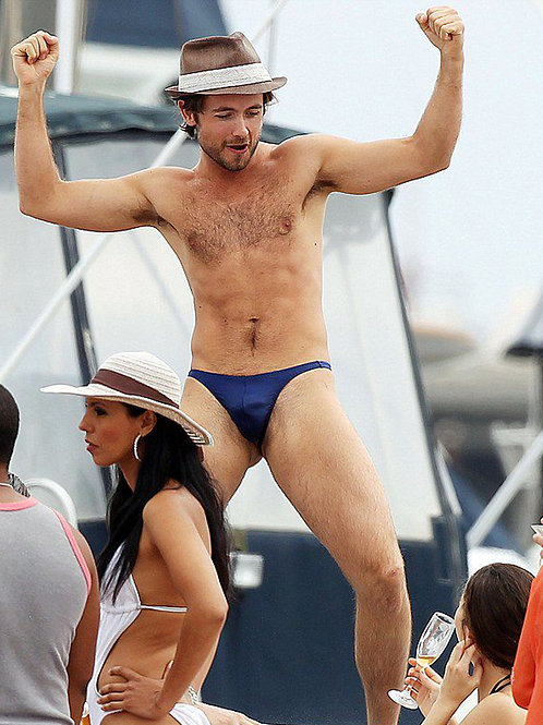 Justin Chatwin in a Speedo Dancing