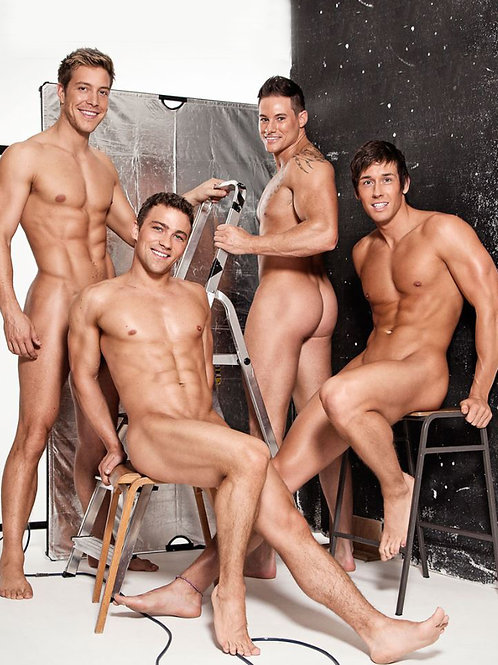 4 Very Handsome Nude Friends