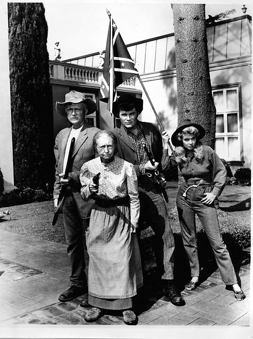 1st Season Cast of the Beverly Hillbillies Ready for a Fight