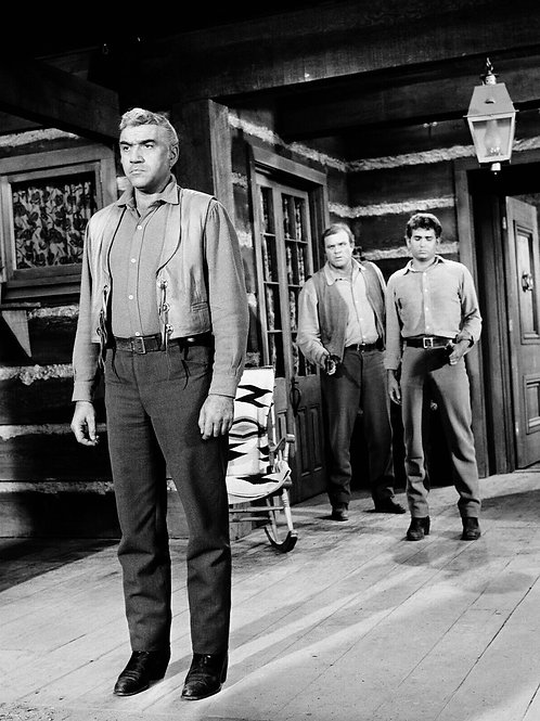 Cast of Bonanza at the Front Door