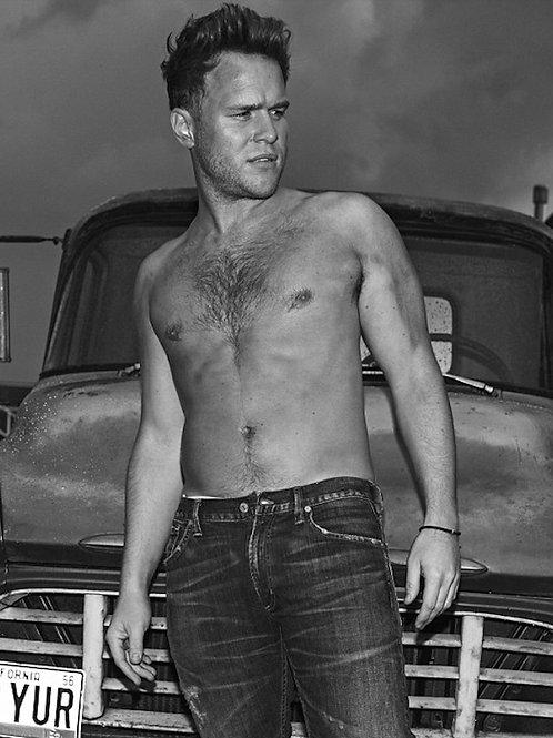 Shirtless Olly Murs