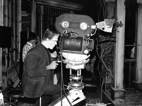 Fred Gwynne Behind the Camera in The Munsters
